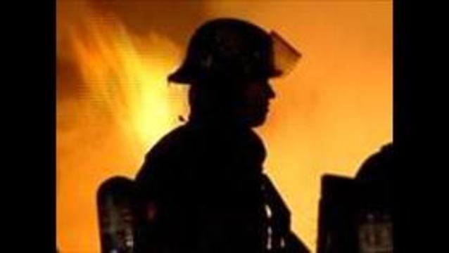 Fire destroys Sandy mobile home