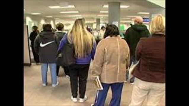Unemployment line at Utah's Department of Workforce Services_6755397742568230361