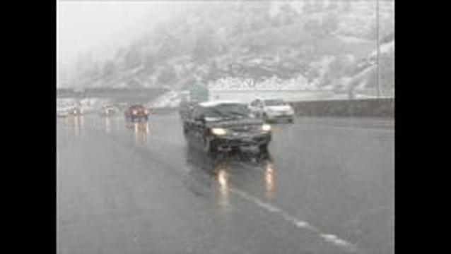 Snow causes major delays on freeways