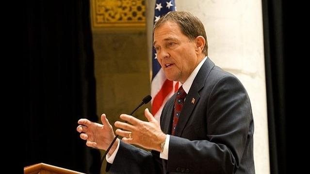 Governor inviting discussion on Utah education standards