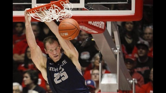 Aggies blow 2nd half lead, lose to #25 New Mexico