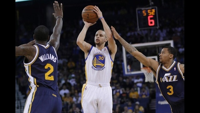 Curry, Thompson leads blowout win over Jazz