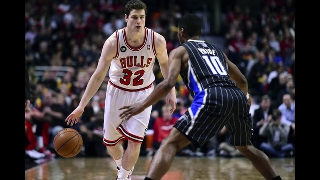 Jimmer Fredette signs 1-year deal with New Orleans