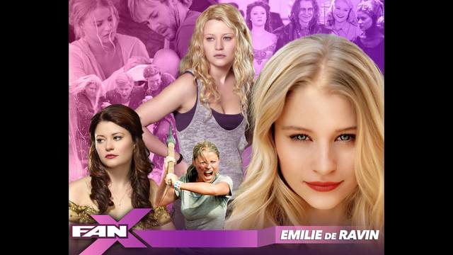 Meet 'Once Upon A Time's' Emilie de Ravin at FANX17