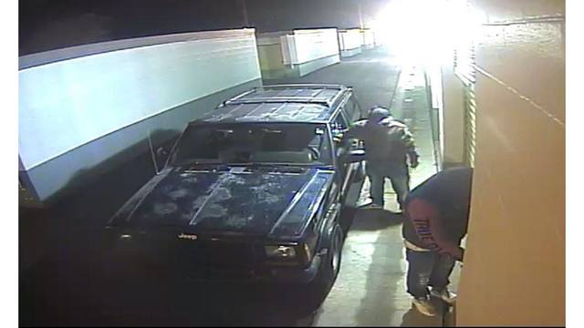 Murray City Police hoping to identify suspects in theft case