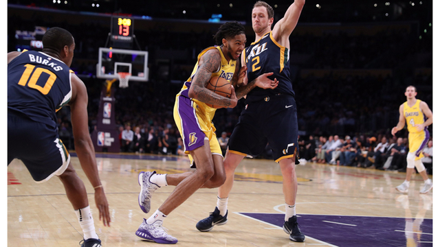 Jazz finish preseason unbeaten with 105-99 victory over Lakers