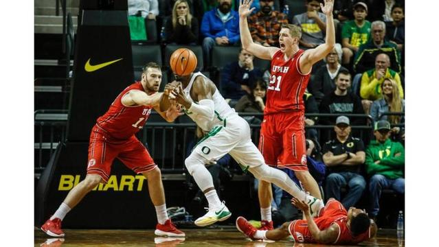 No. 10 Oregon women rout Washington State 89-56