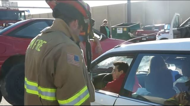 Orem Police and Fire Departments Take Mannequin Challenge to Share Powerful Message